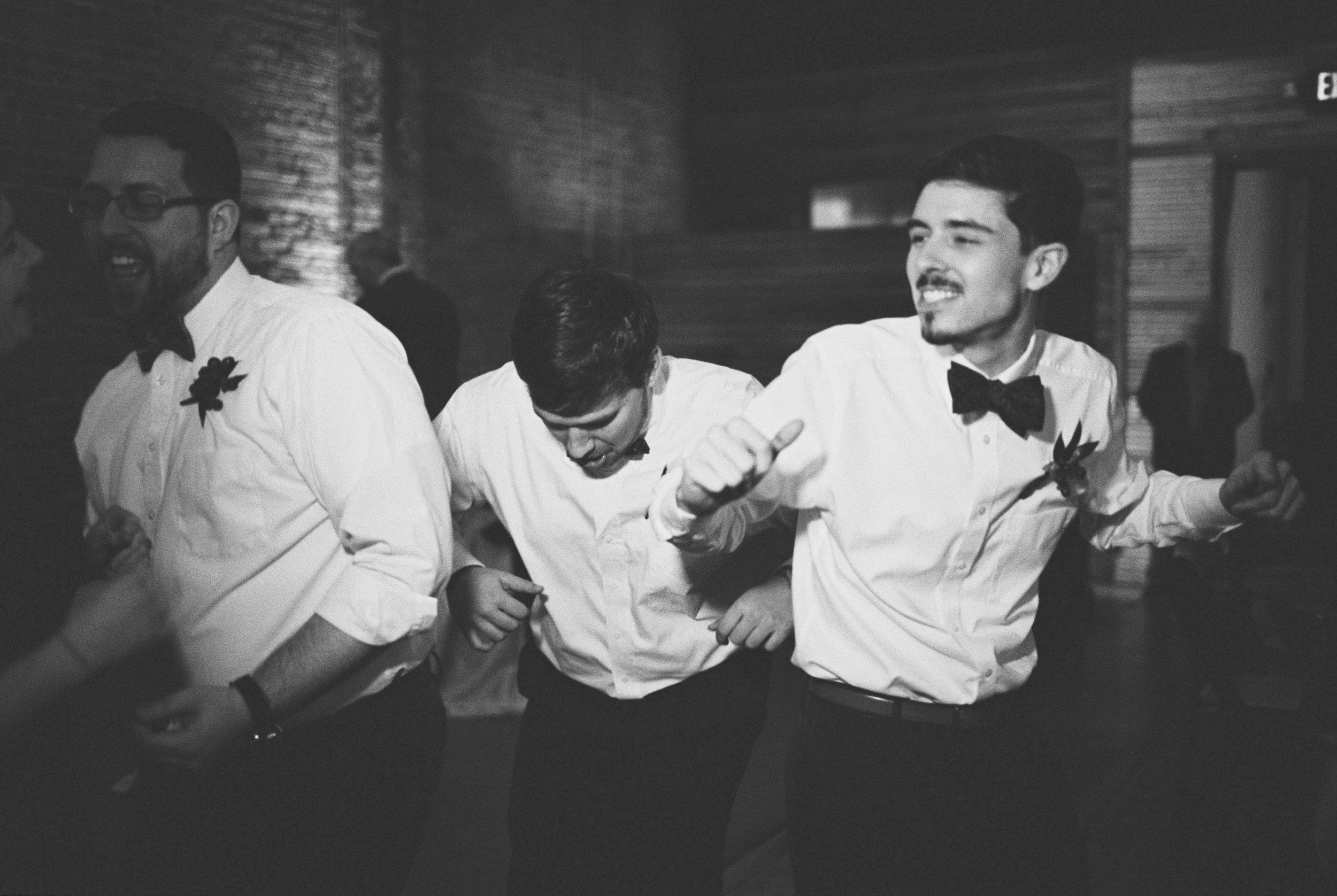 Lauren_Jeremy_Standard_Wedding_Knoxville_Abigail_Malone_Photography_FIlm-587.jpg