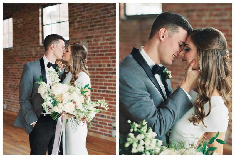 The_Standard_Wedding_Winter_Elegant_Blush_Knoxville_Tennessee_Film_Abigail_Malone_Photography_0091.jpg