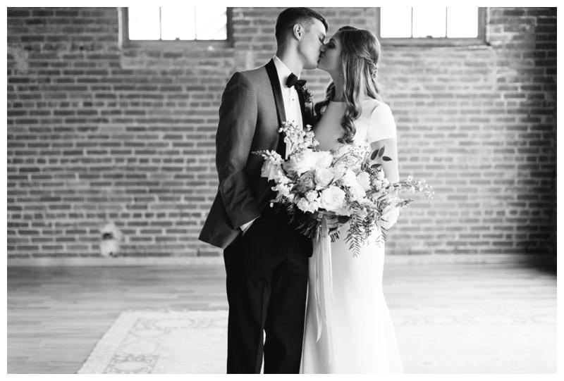 The_Standard_Wedding_Winter_Elegant_Blush_Knoxville_Tennessee_Film_Abigail_Malone_Photography_0099.jpg
