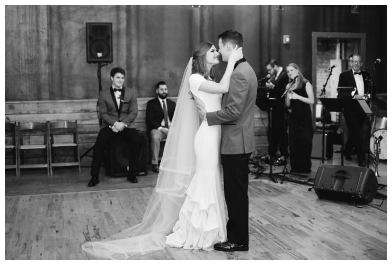 The_Standard_Wedding_Winter_Elegant_Blush_Knoxville_Tennessee_Film_Abigail_Malone_Photography_0158.jpg