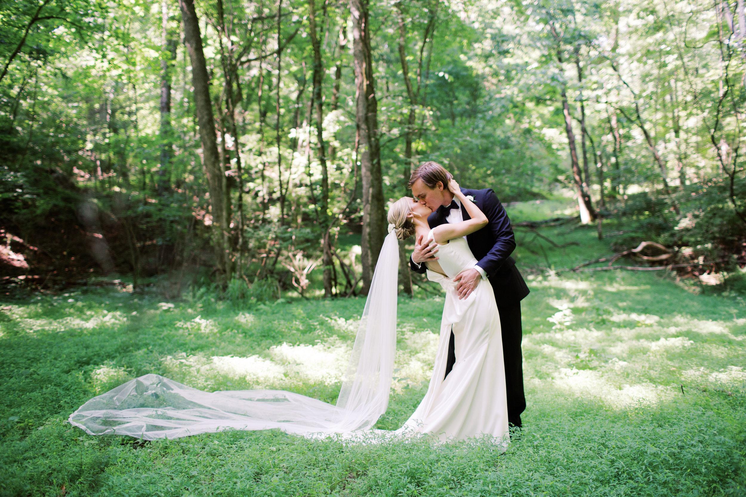 Olivia_Patrick_Wedding_Quarry_Venue_Abigail_Malone_Photography_Knoxville-406.jpg