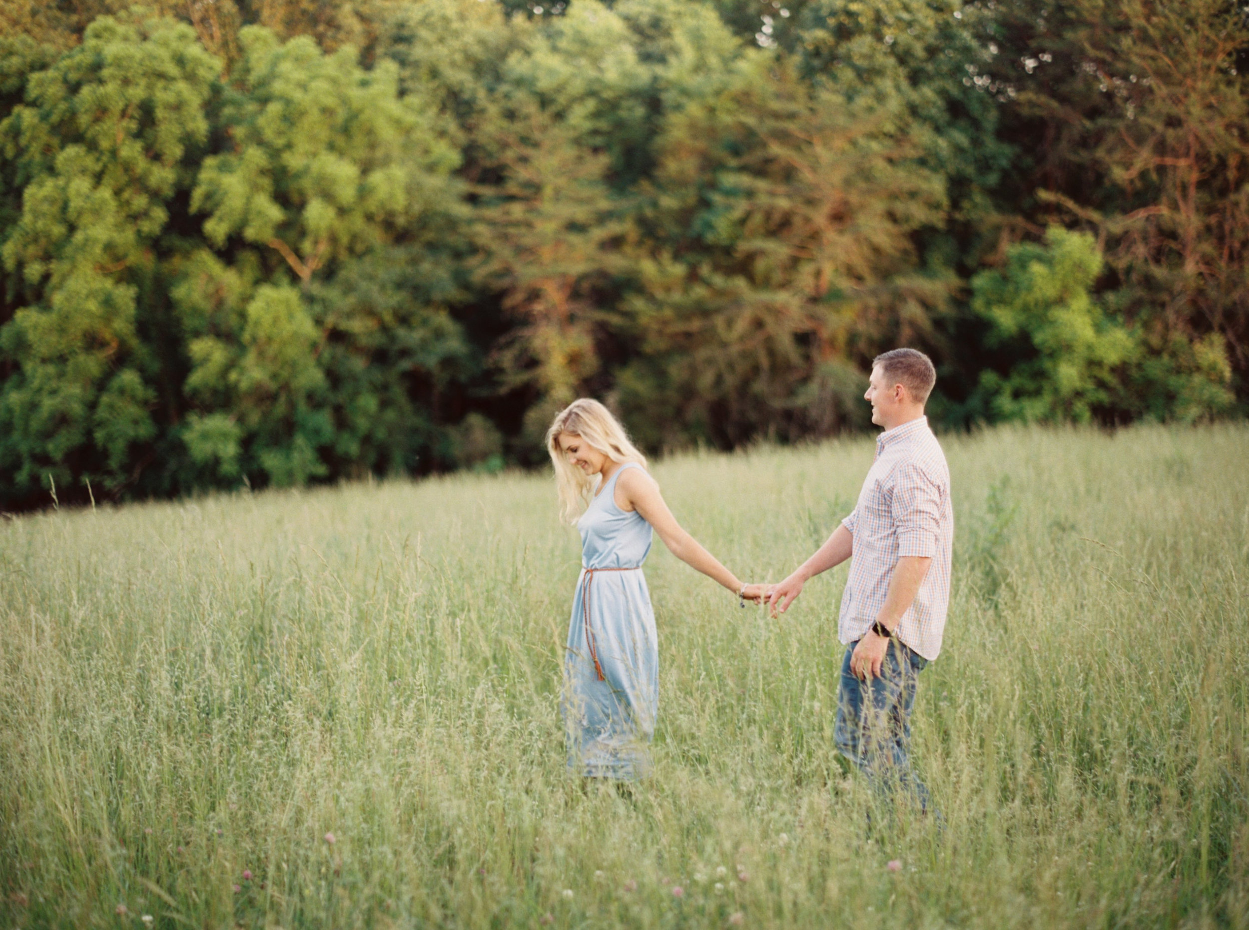 Hannah_Derrick_Engagement_Knoxville_Outdoor_Vineyard_Orchard__Film_Abigail_malone_Photography-142.jpg