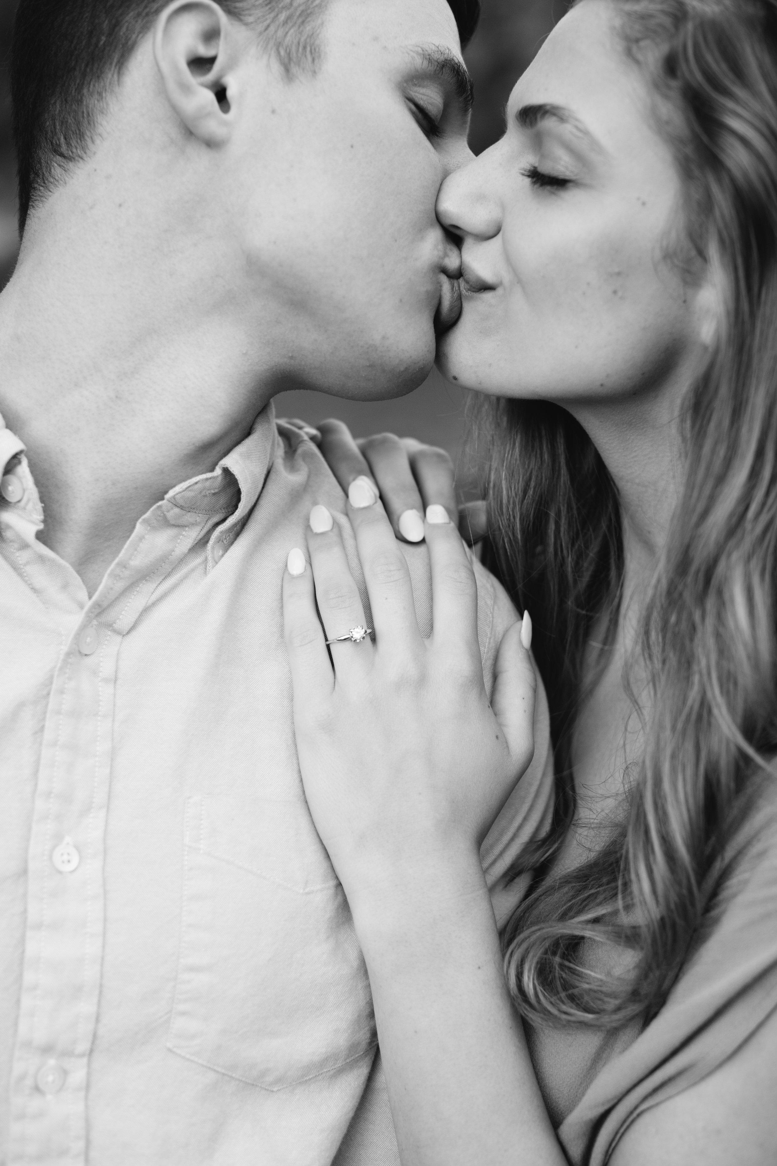 Rachel_Brandon_Engagement_Photos_Knoxville_Abigail_Malone_Phography-157.jpg