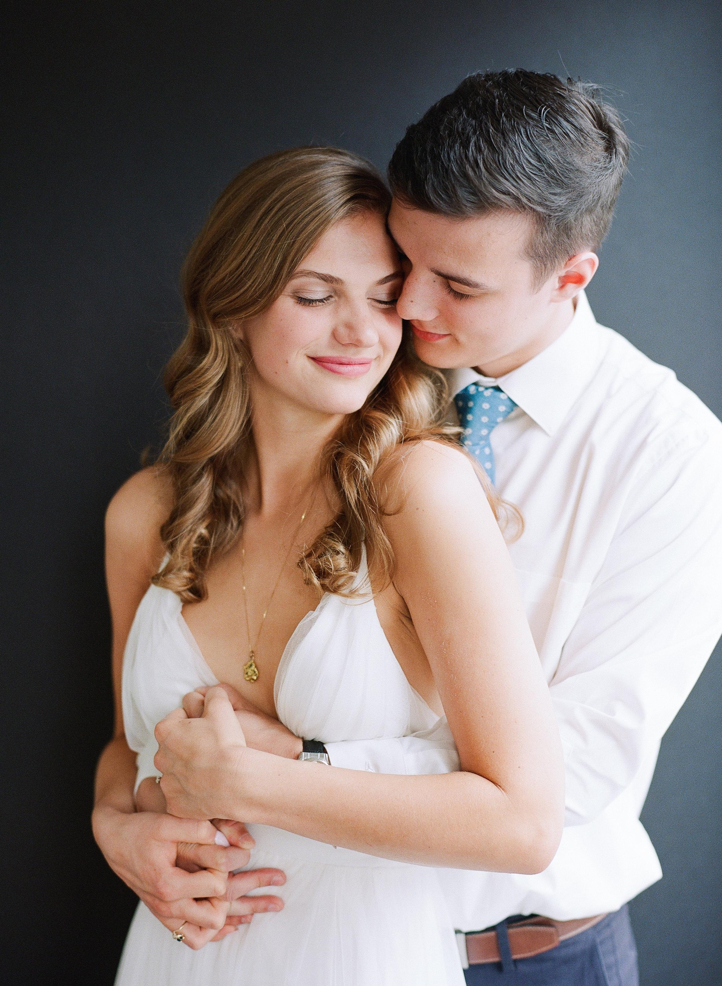 Rachel_Brandon_Engagement_Photos_Knoxville_Abigail_Malone_Phography-75.jpg
