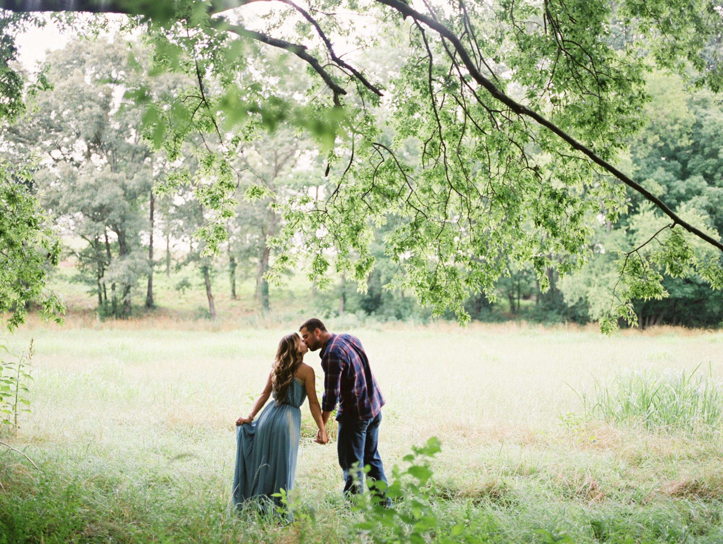 Brittany_Wes_Farm_Engagement_Abigail_Malone_Photography-122.jpg
