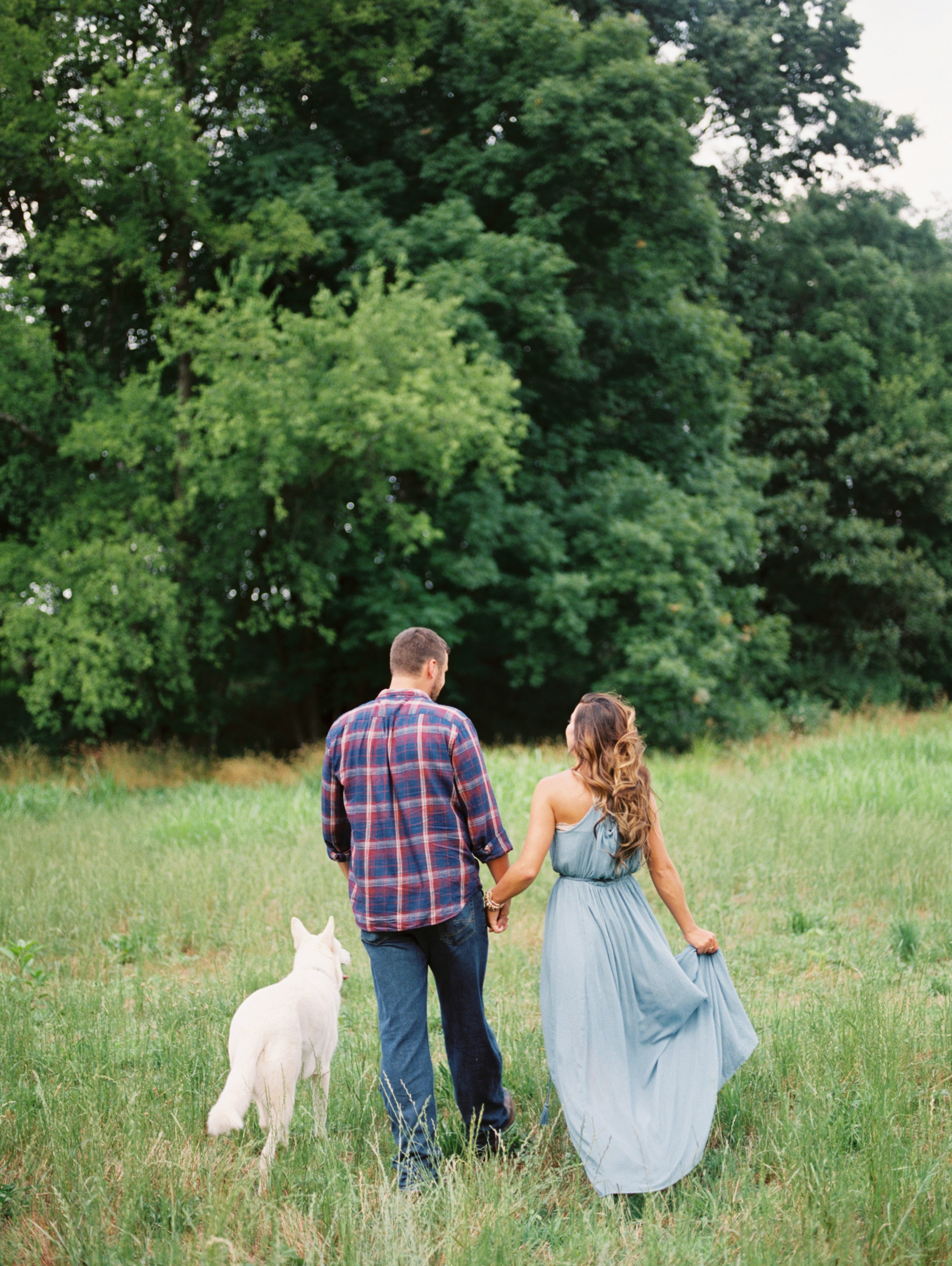 Brittany_Wes_Farm_Engagement_Abigail_Malone_Photography-28.jpg