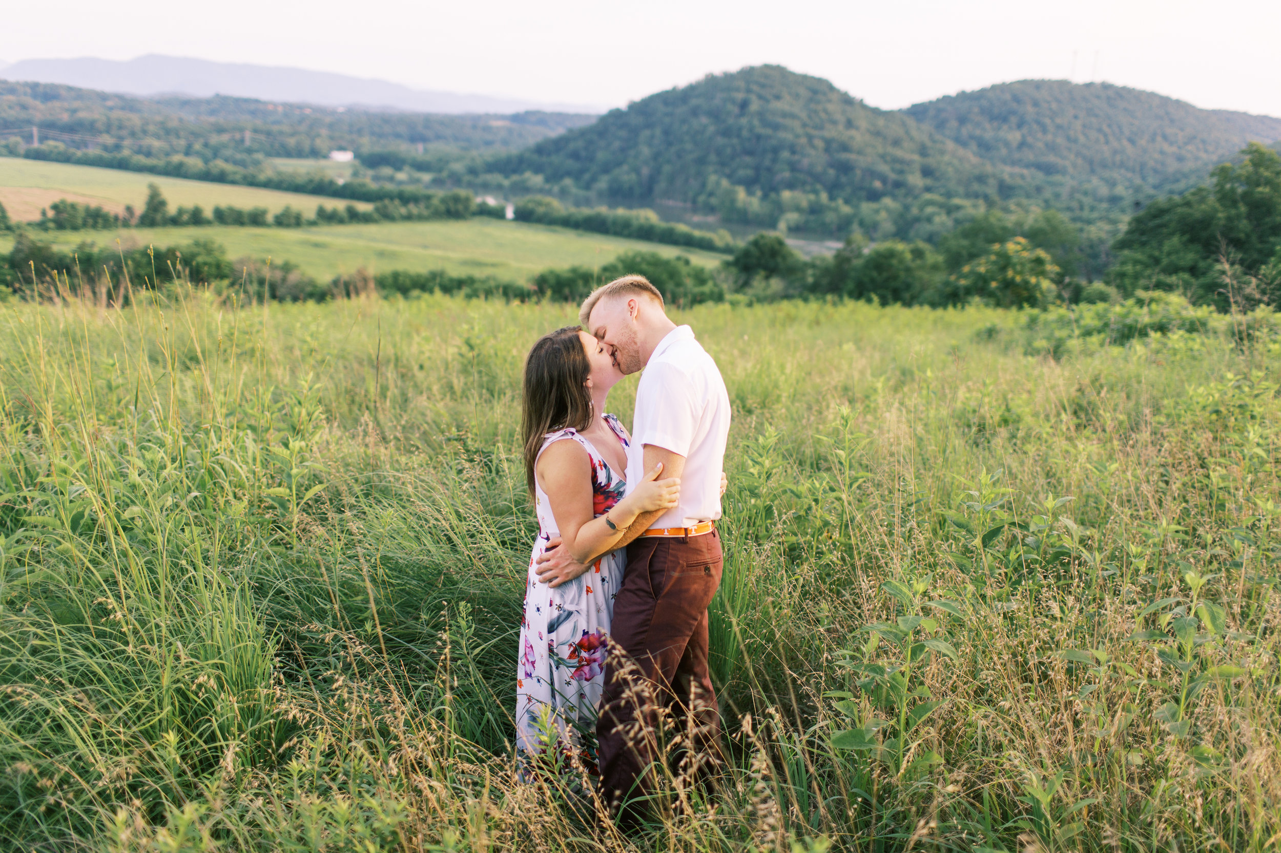 Mary_Carlton_Engagement_Smoky_Mountain_Knoxville_Abigail_Malone_Photography-171.jpg