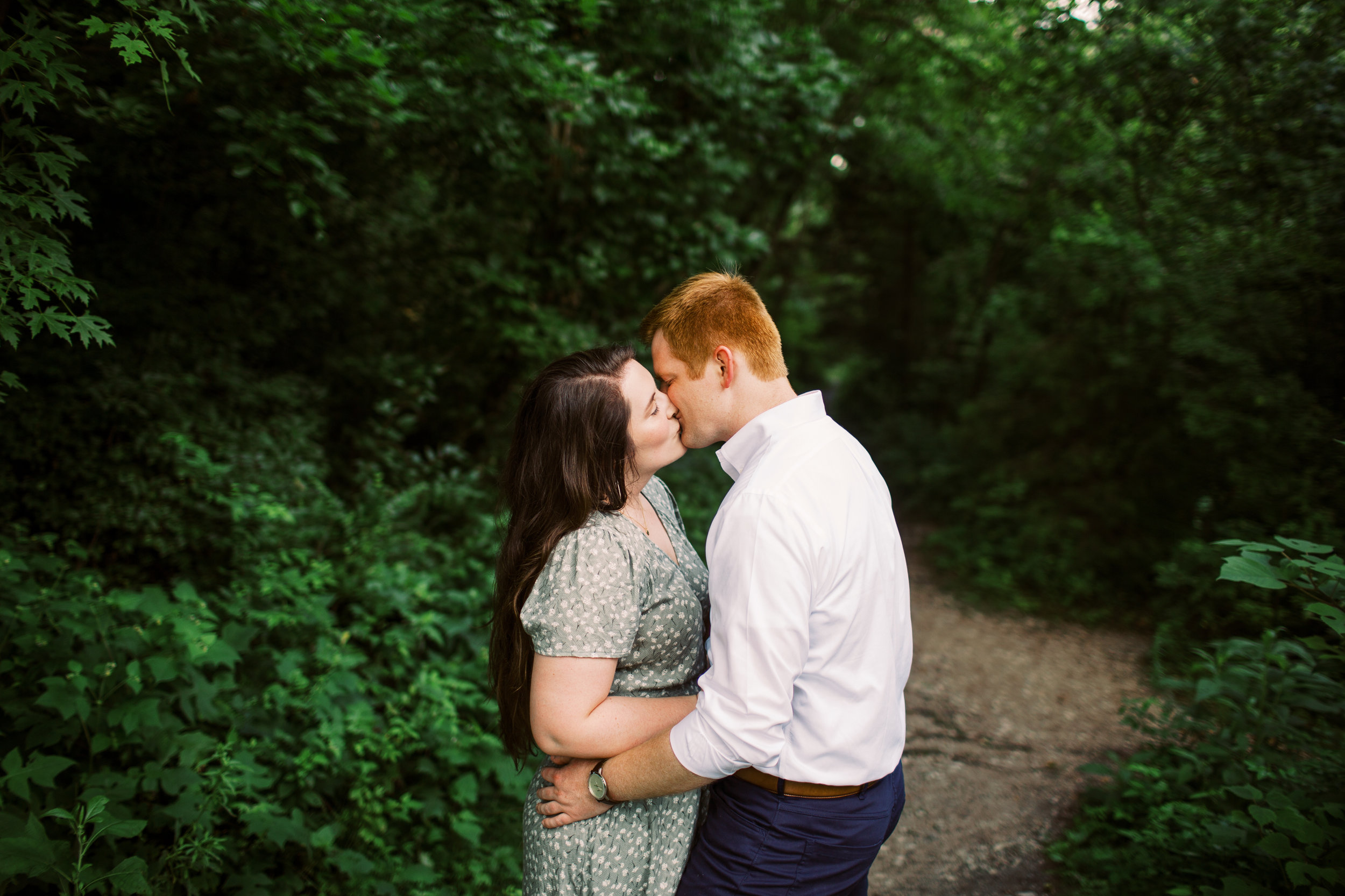 Sara_Tony_Egagement_Knoxville_Abigail_Malone_Photography-46.jpg