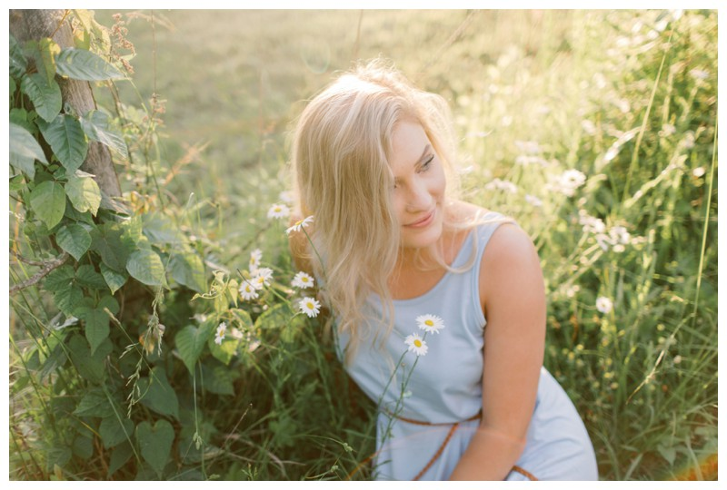 Hannah_Derrick_Engagement_Knoxville_Outdoor_Vineyard_Orchard__Film_Abigail_malone_Photography-121.jpg
