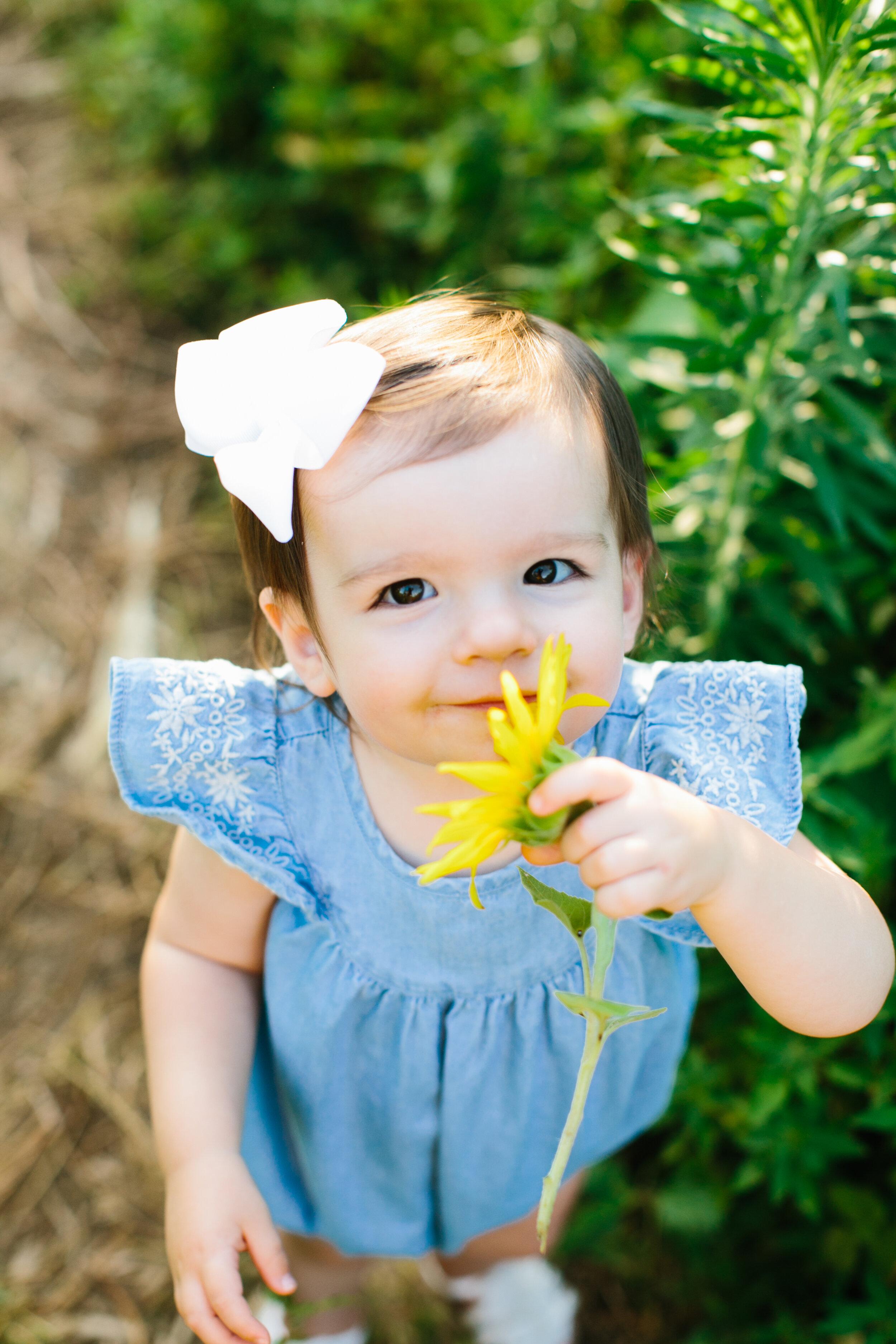 Maddie_Sunflowers-4.jpg