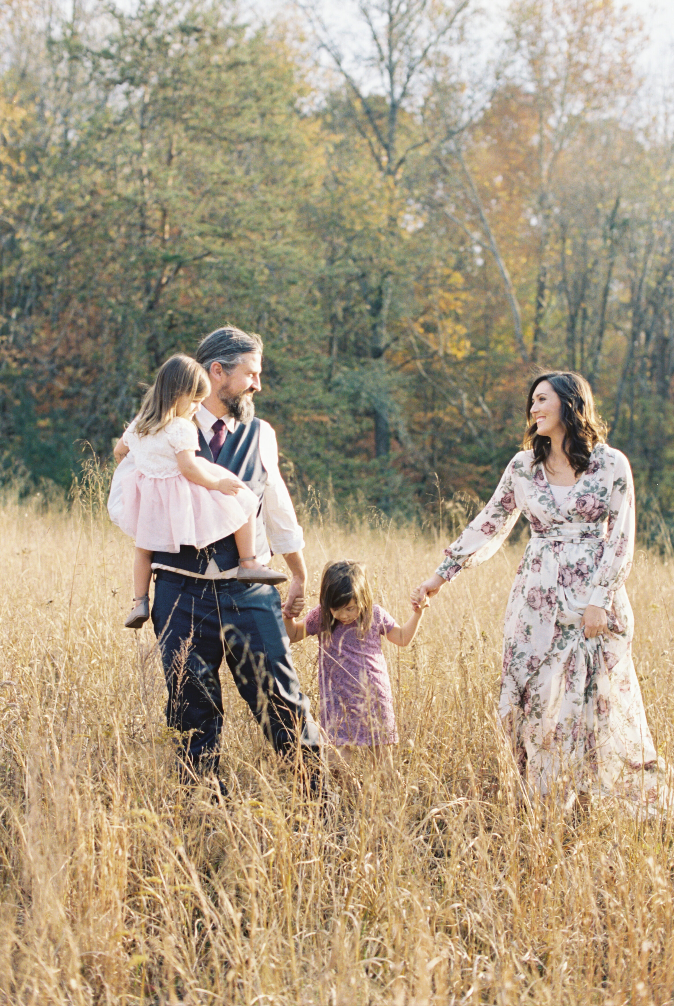 Sharp_Family_Knoxville_Film_Abigail_Malone_Photography-39.jpg