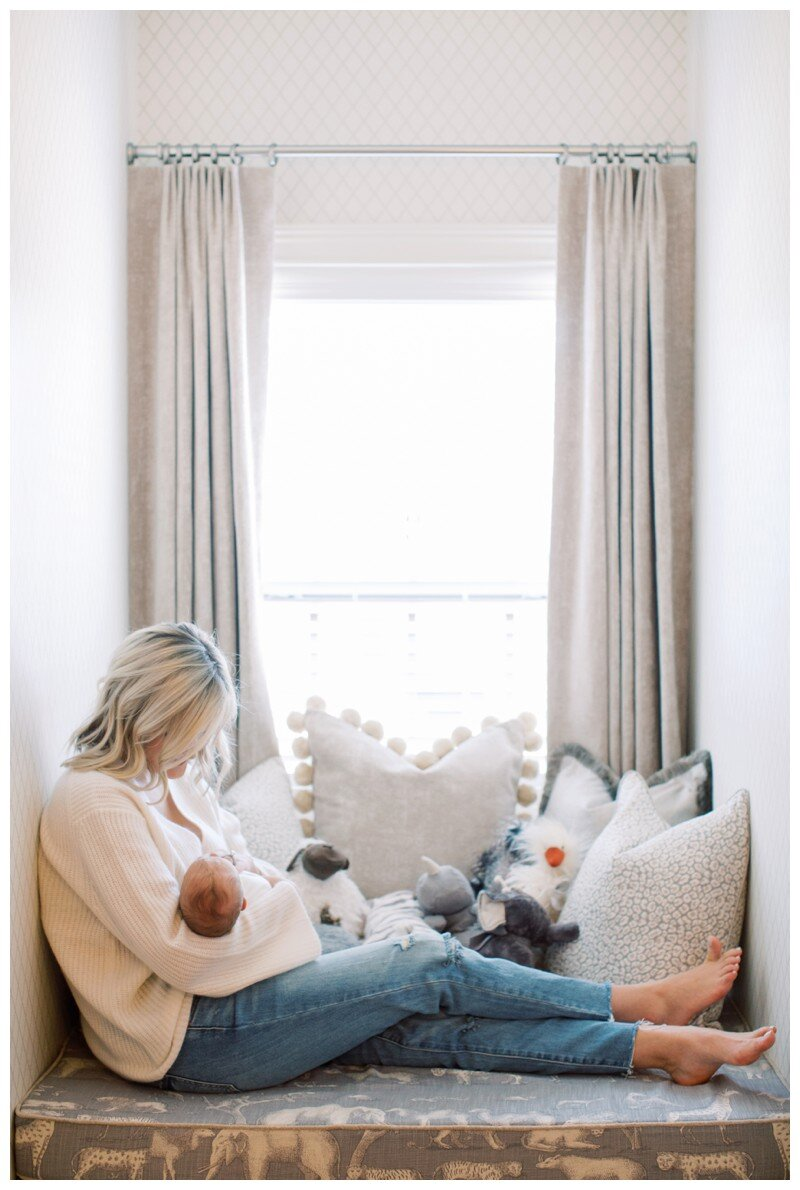 Knoxville_Newborn_Photography_Lifestyle_In_Home_Abigail_Malone_Photography_0001.jpg