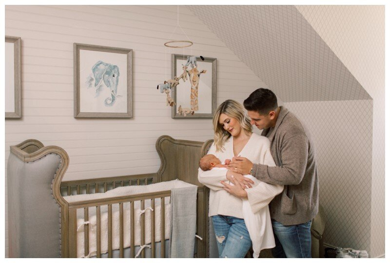 Knoxville_Newborn_Photography_Lifestyle_In_Home_Abigail_Malone_Photography_0014.jpg