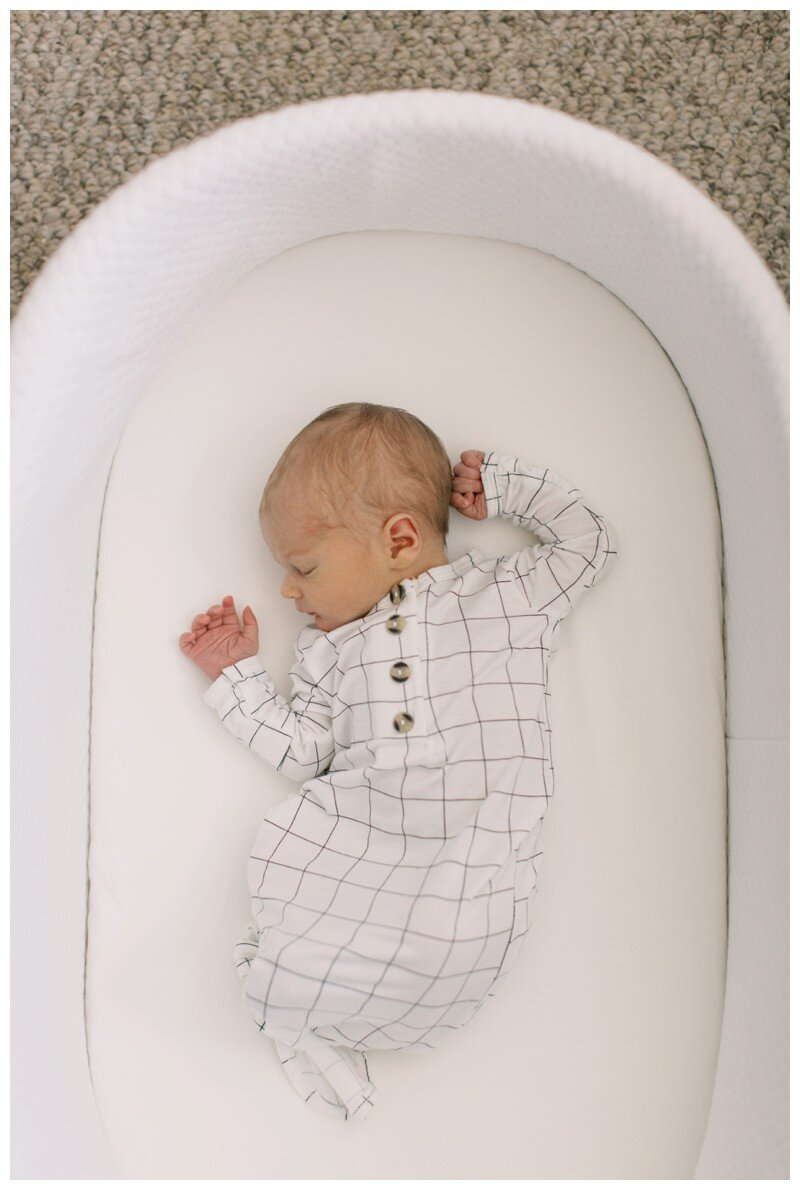 Knoxville_Newborn_Photography_Lifestyle_In_Home_Abigail_Malone_Photography_0017.jpg