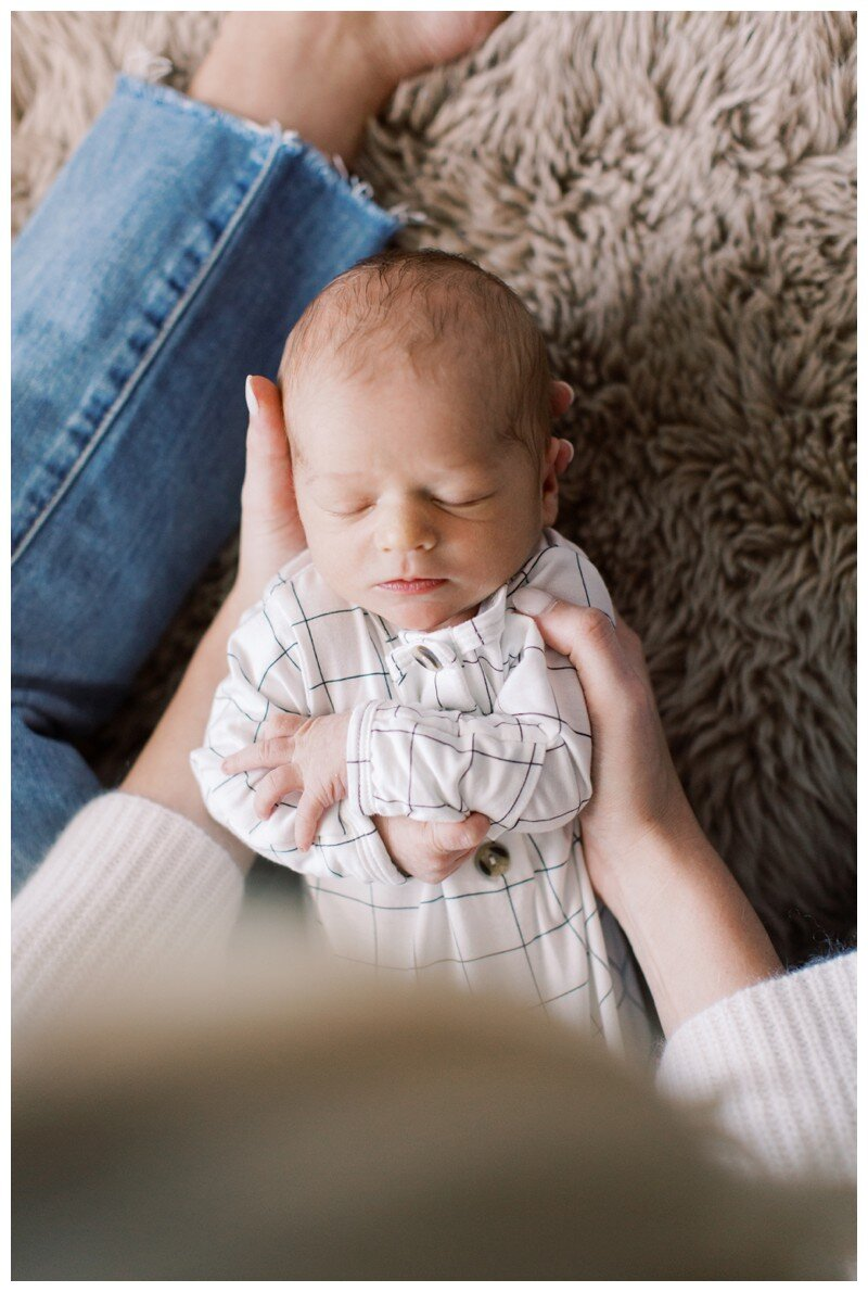 Knoxville_Newborn_Photography_Lifestyle_In_Home_Abigail_Malone_Photography_0019.jpg