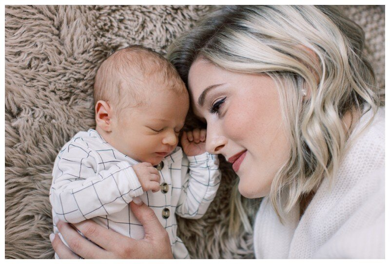 Knoxville_Newborn_Photography_Lifestyle_In_Home_Abigail_Malone_Photography_0023.jpg