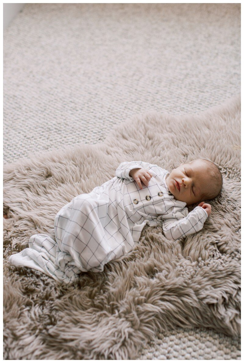 Knoxville_Newborn_Photography_Lifestyle_In_Home_Abigail_Malone_Photography_0024.jpg