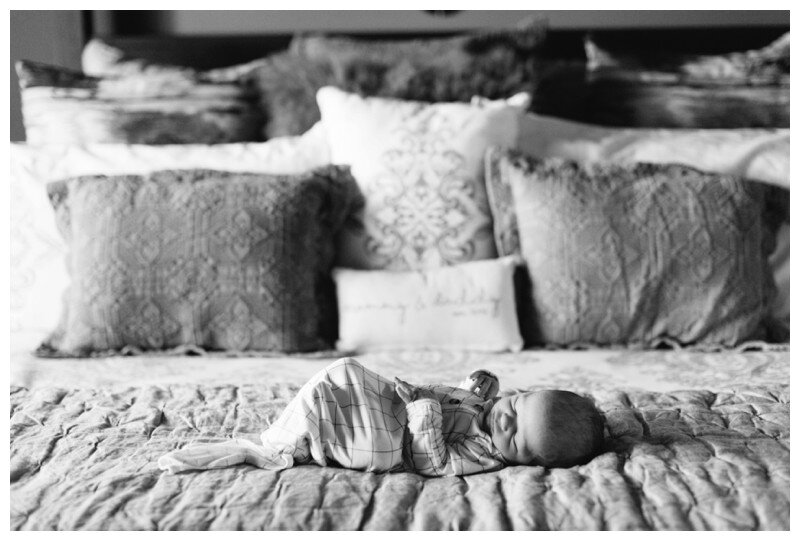 Knoxville_Newborn_Photography_Lifestyle_In_Home_Abigail_Malone_Photography_0025.jpg