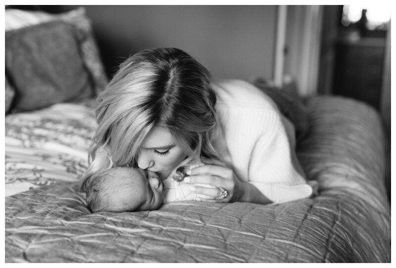 Knoxville_Newborn_Photography_Lifestyle_In_Home_Abigail_Malone_Photography_0032.jpg