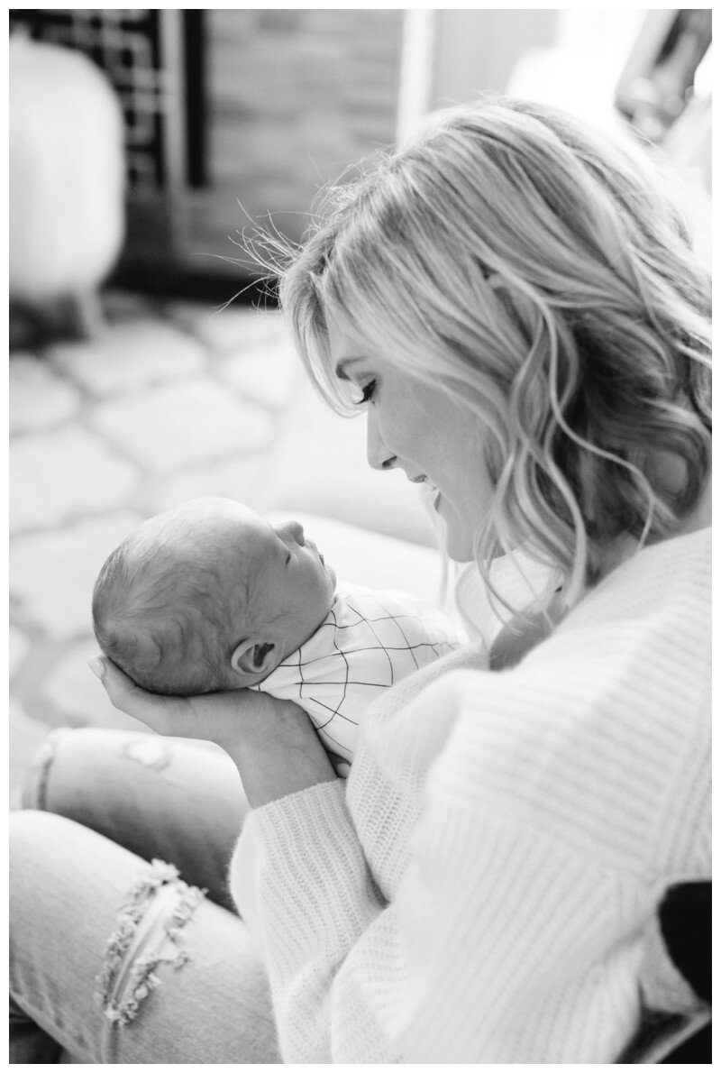 Knoxville_Newborn_Photography_Lifestyle_In_Home_Abigail_Malone_Photography_0044.jpg