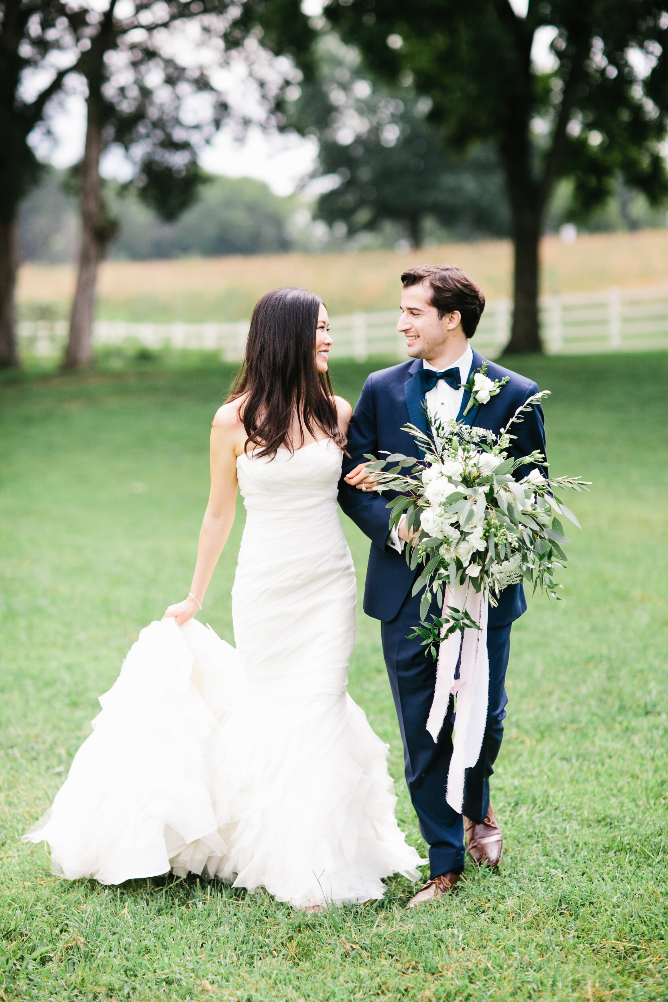 Fionnie_Jacob_Marblegate_Farm_Wedding_Knoxville_Abigail_Malone_Photography-386.jpg