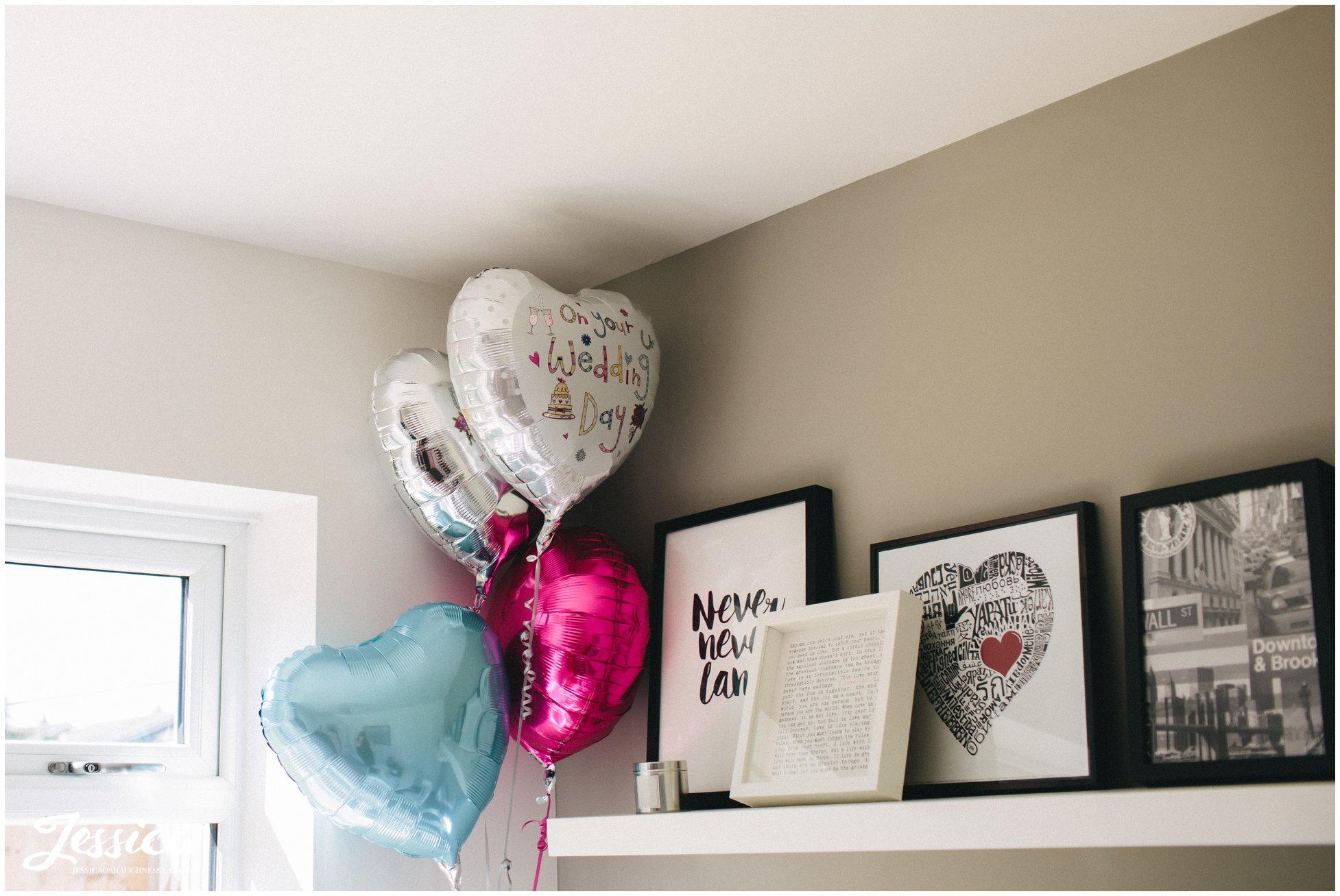 Wedding Day balloons decorate the brides house whilst she gets ready