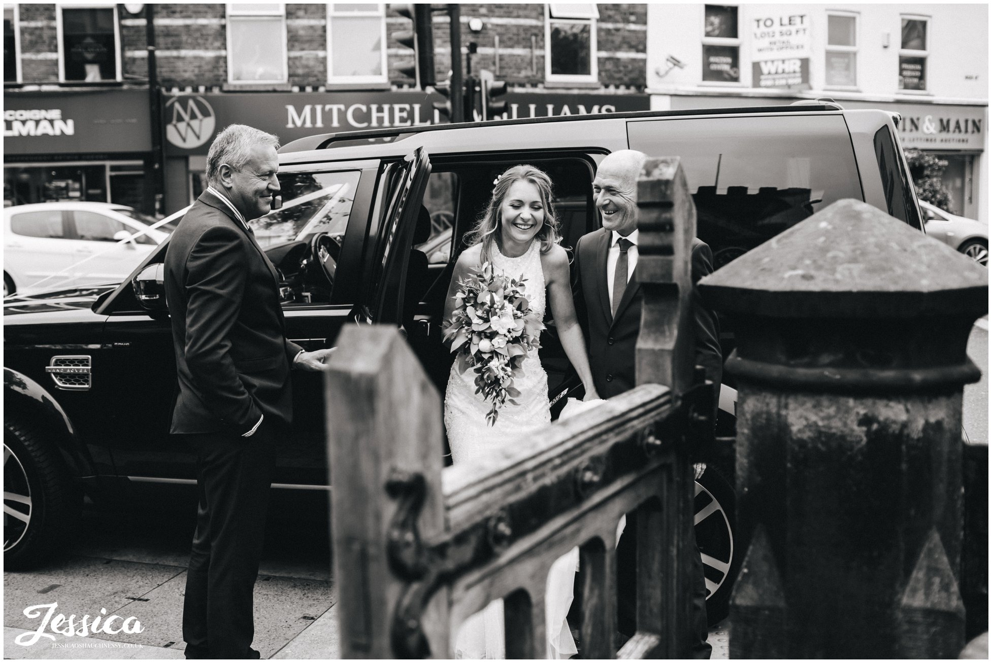 bride arrives with her father - cheshire wedding photography