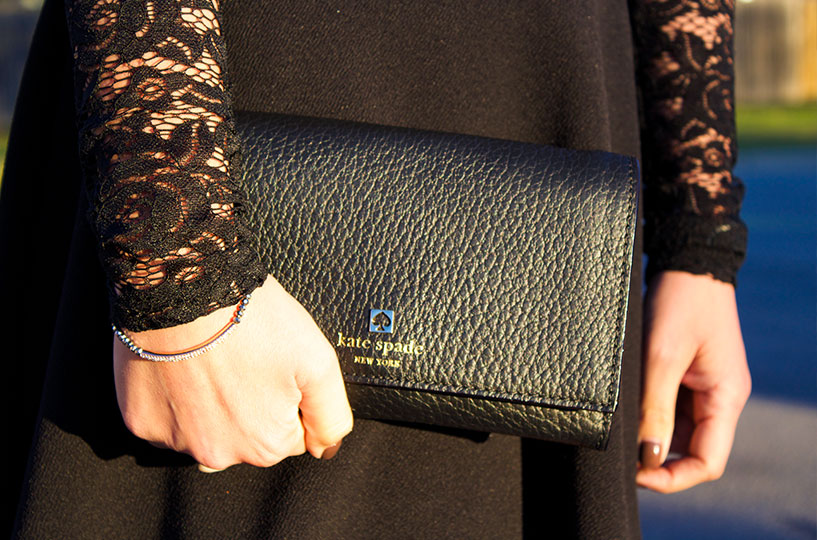 Special touch, Kate Spade clutch.