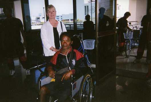 wheelchair002.jpg