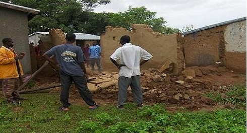 shape lives 2011 Flood Relief (4).JPG