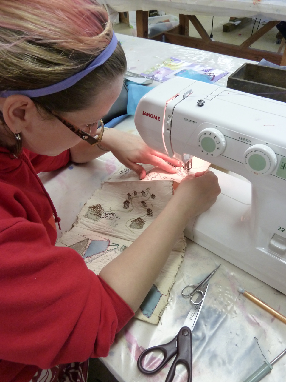 Sketching using the Sewing Machine