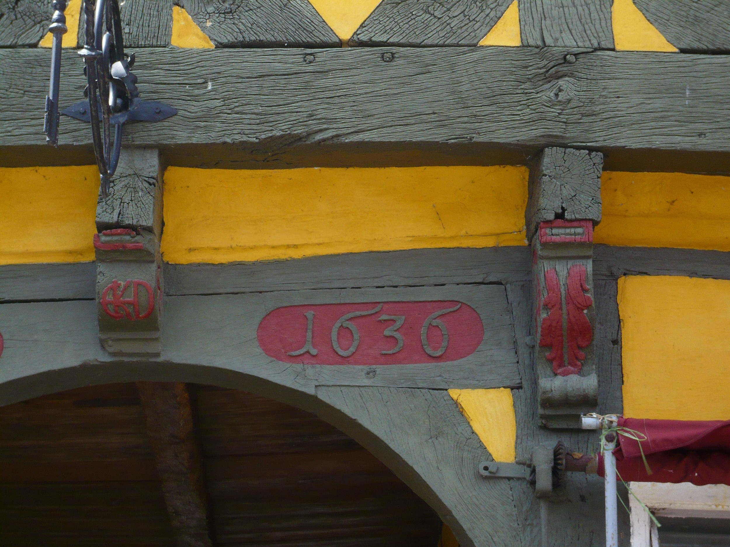 Detail with the date of the house in Køge
