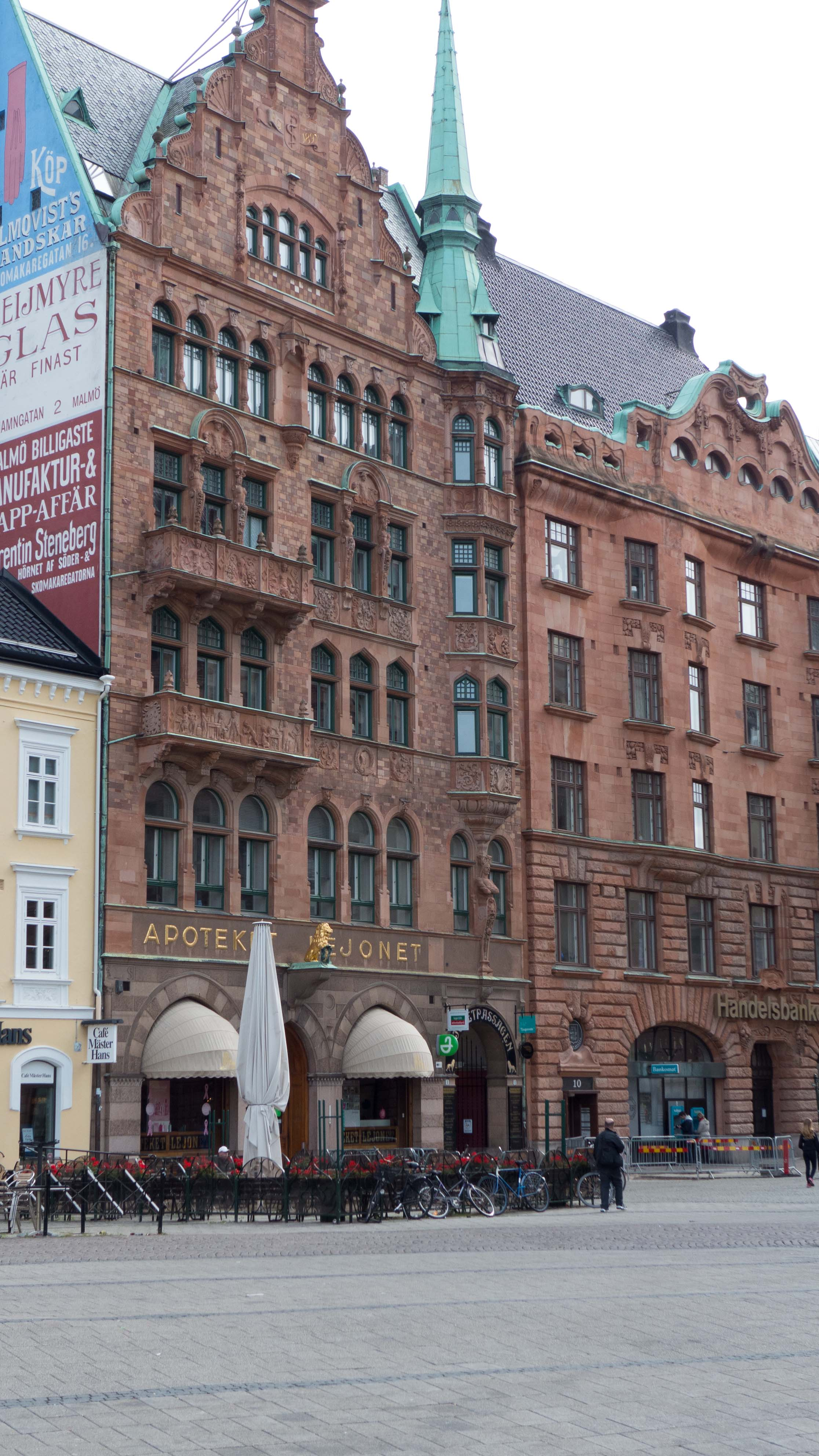 Prominent buildings Malmo.jpg