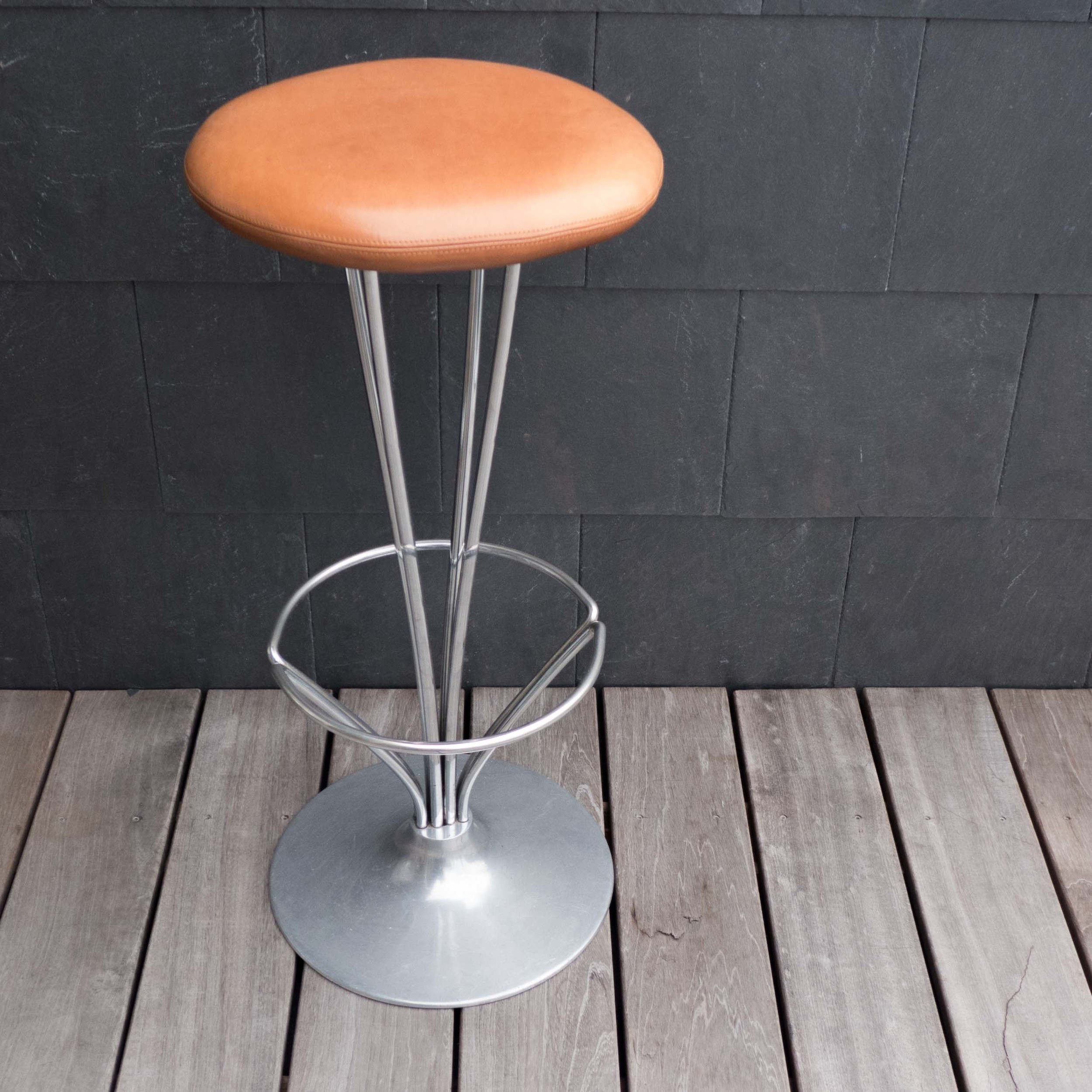Hein stool.jpg