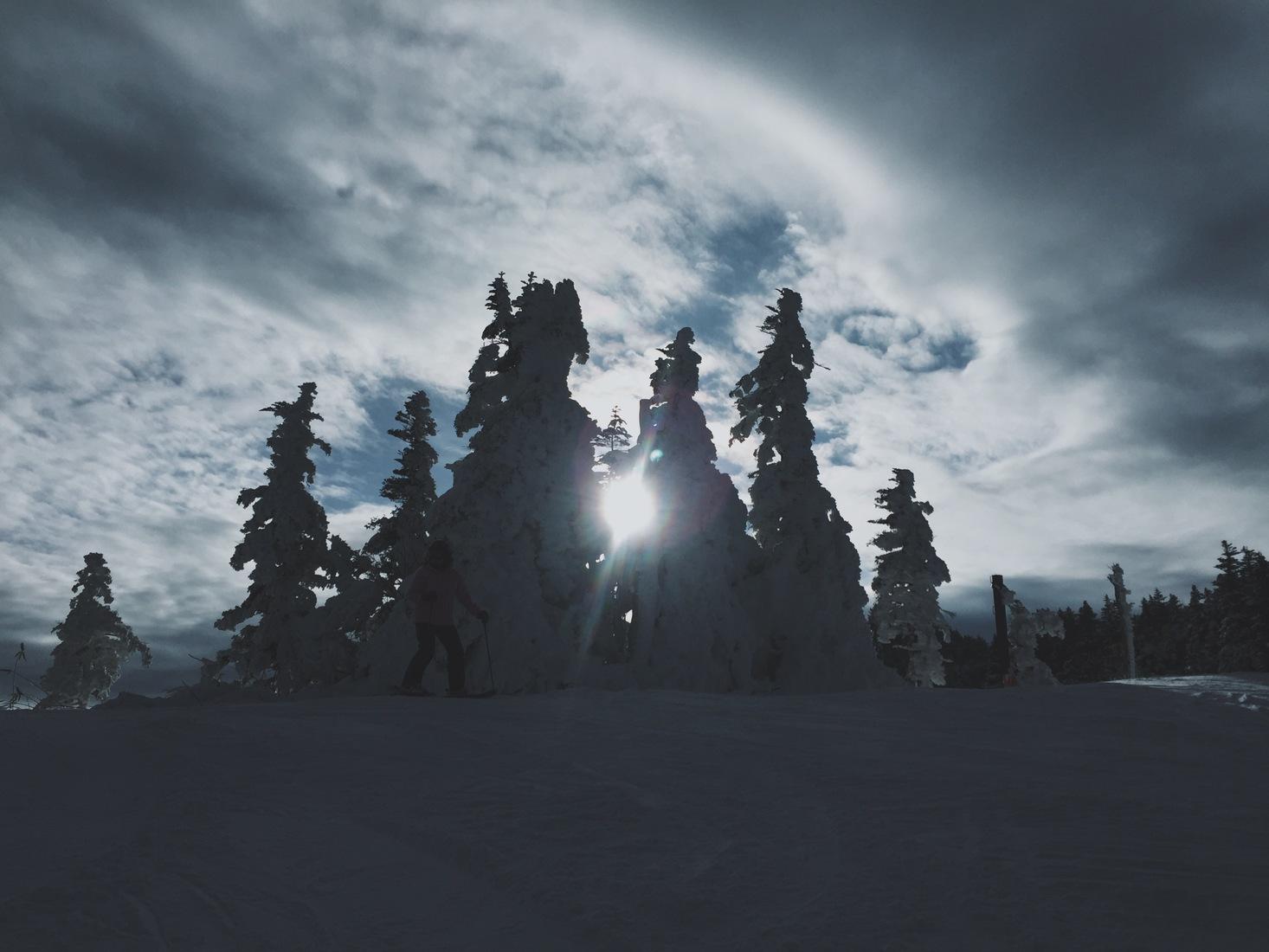 shiga kogen ski mountain