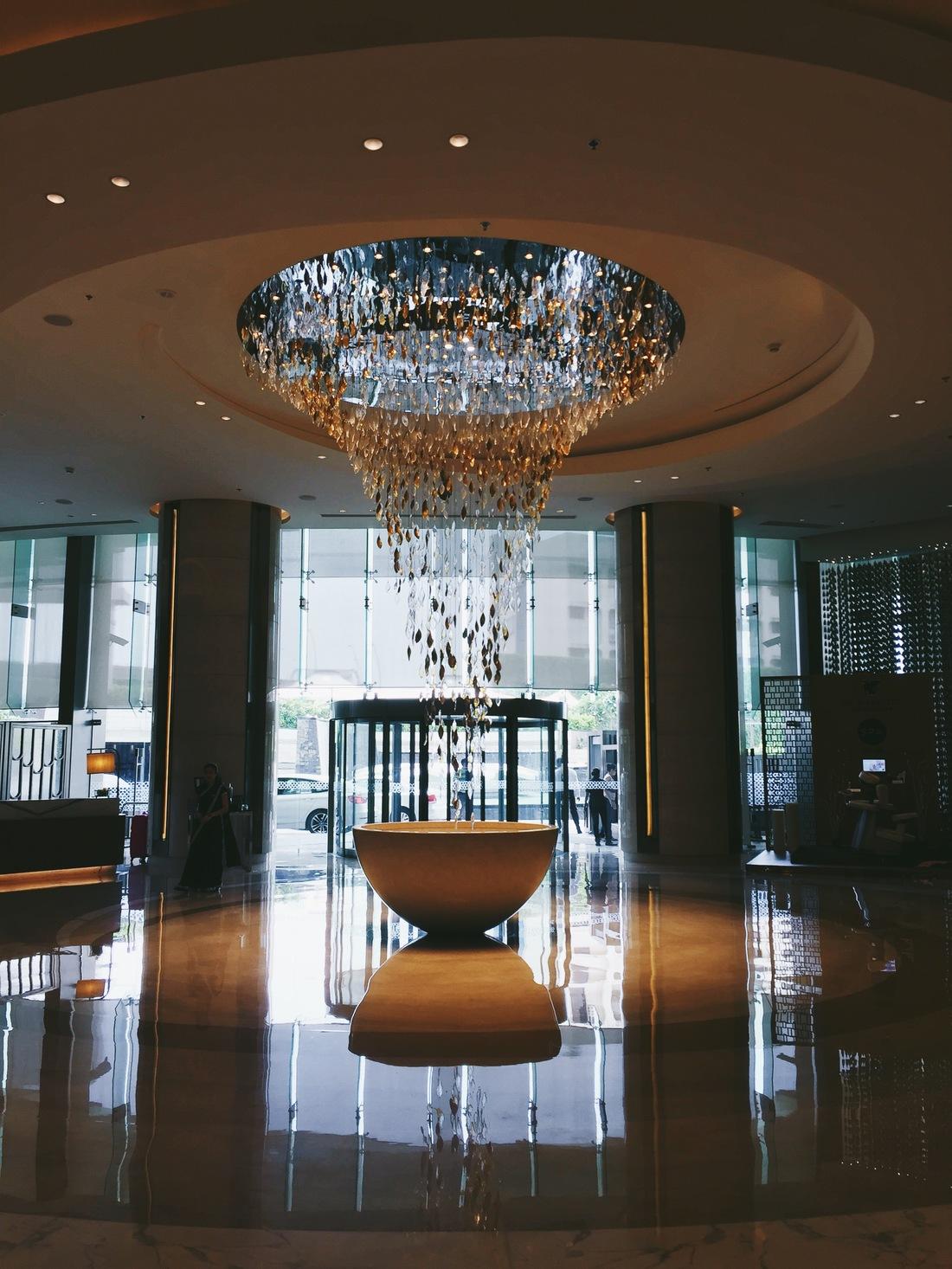 JW Marriott Sahar Mumbai Lobby