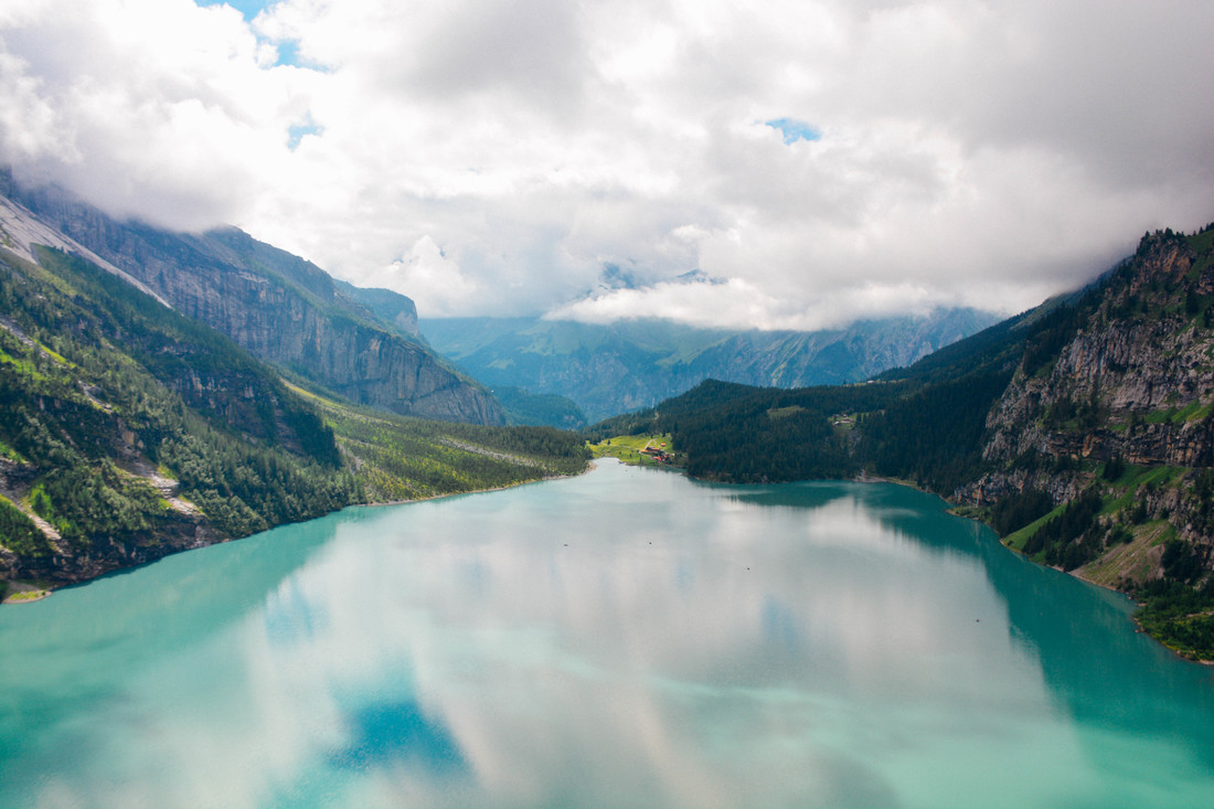 Lake Oeschinensee Swtizerland Where is per