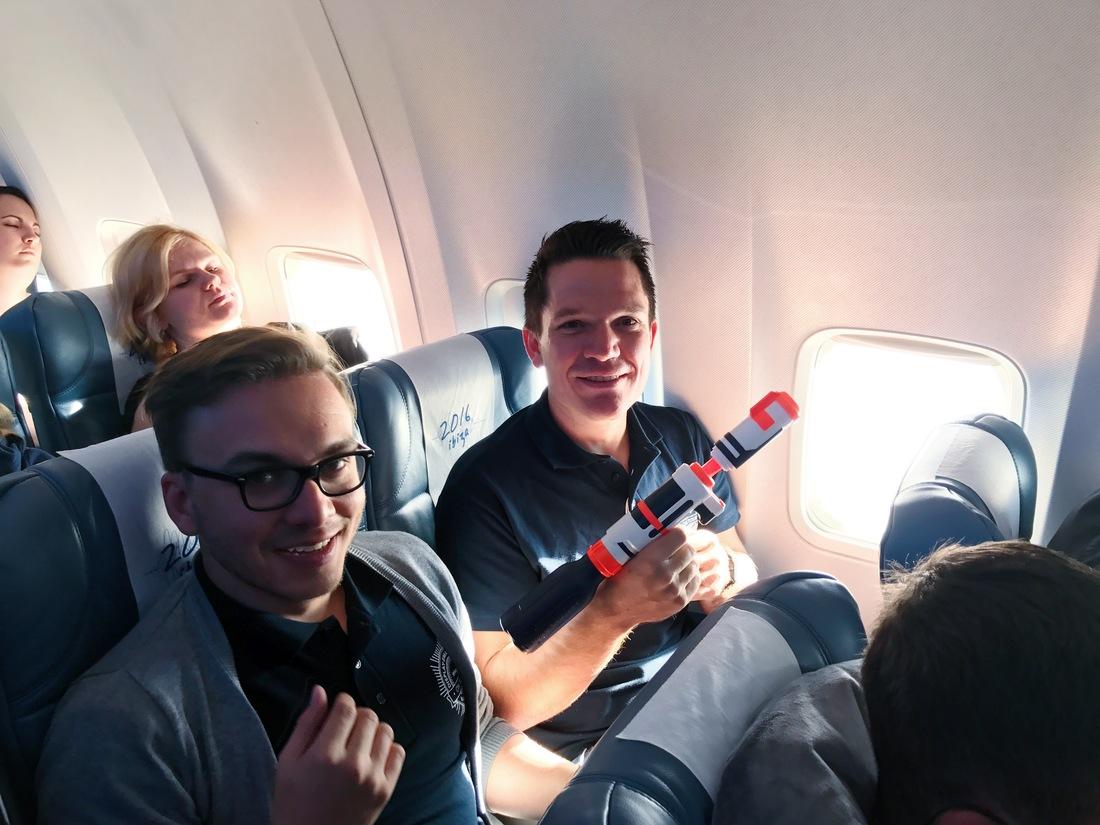 water guns on plane trivago on tour