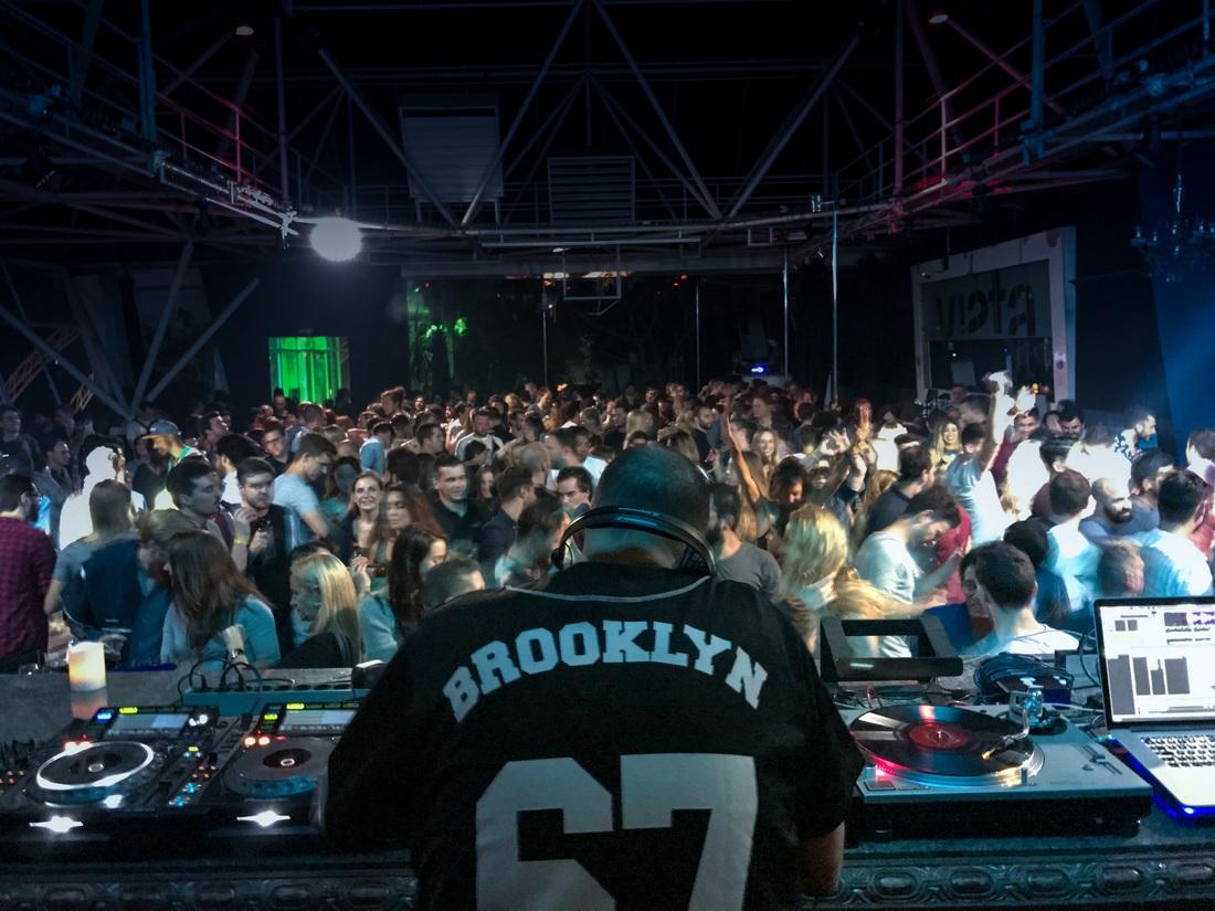 Clubbing Ibiza trivago On Tour .jpg