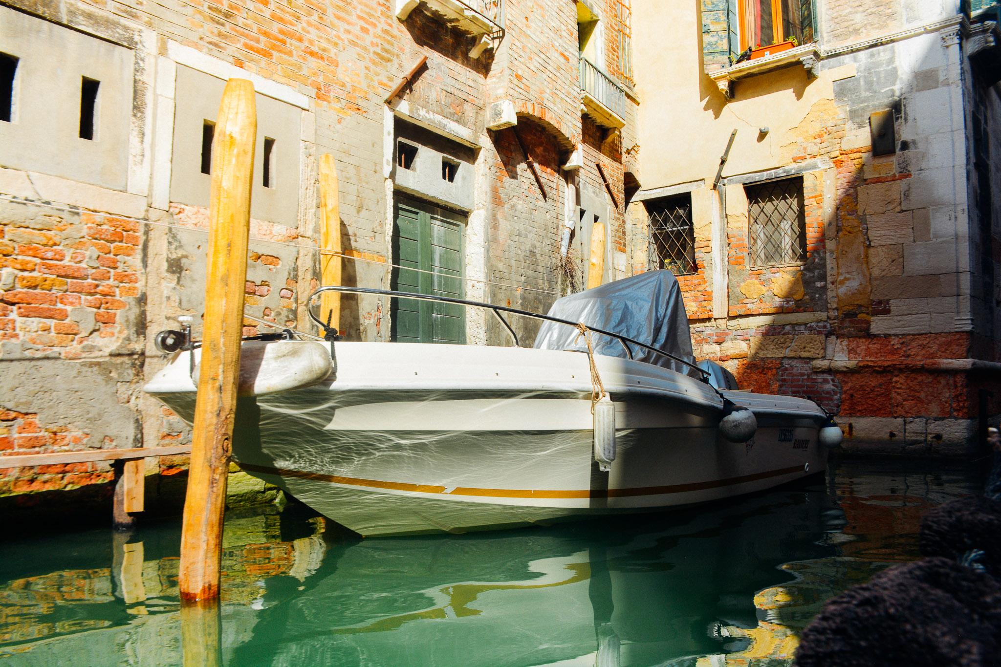 Venice_PerriRothenberg_Resized-9.jpg