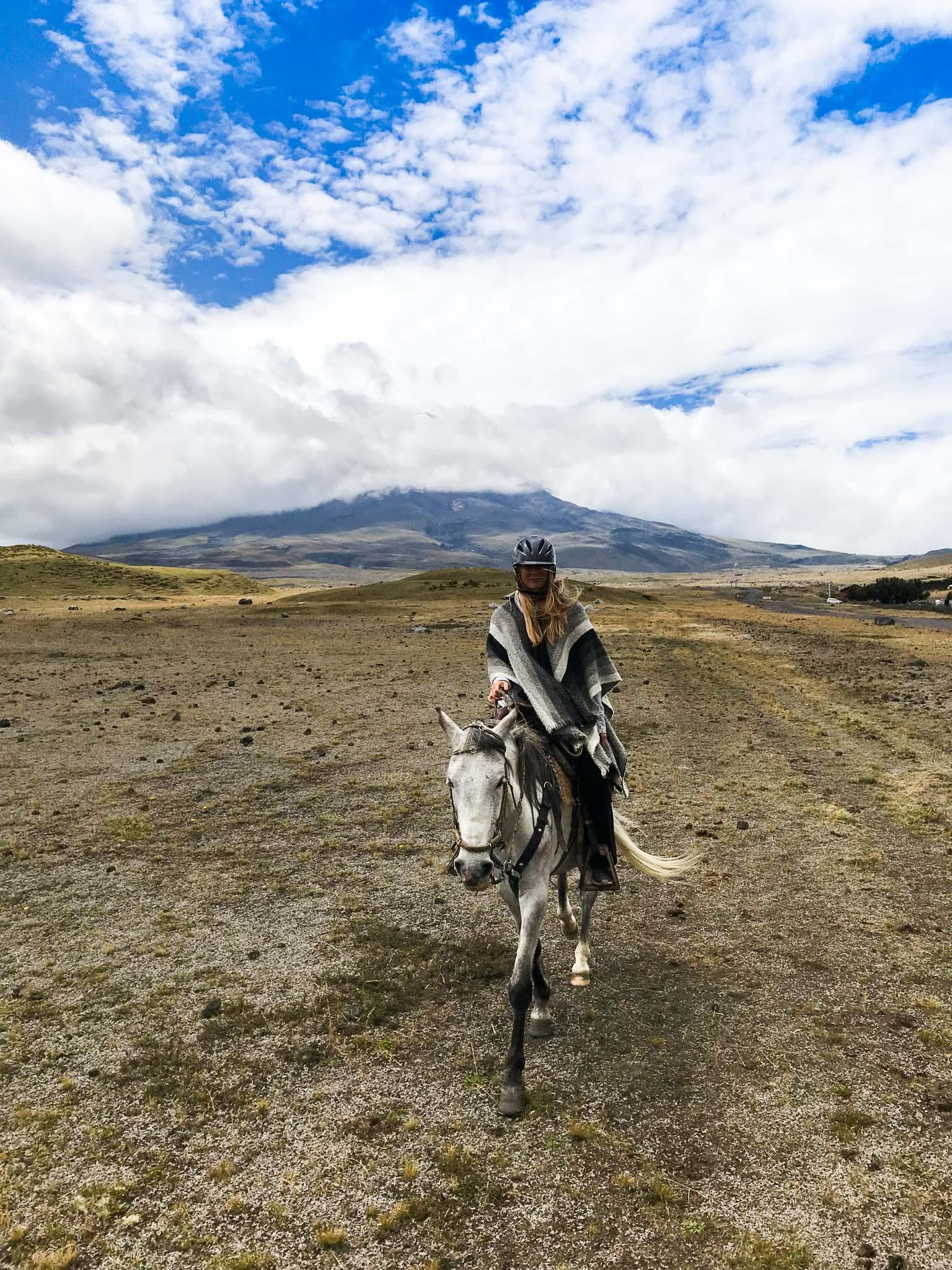 Ecuador_Horseriding-9412.jpg