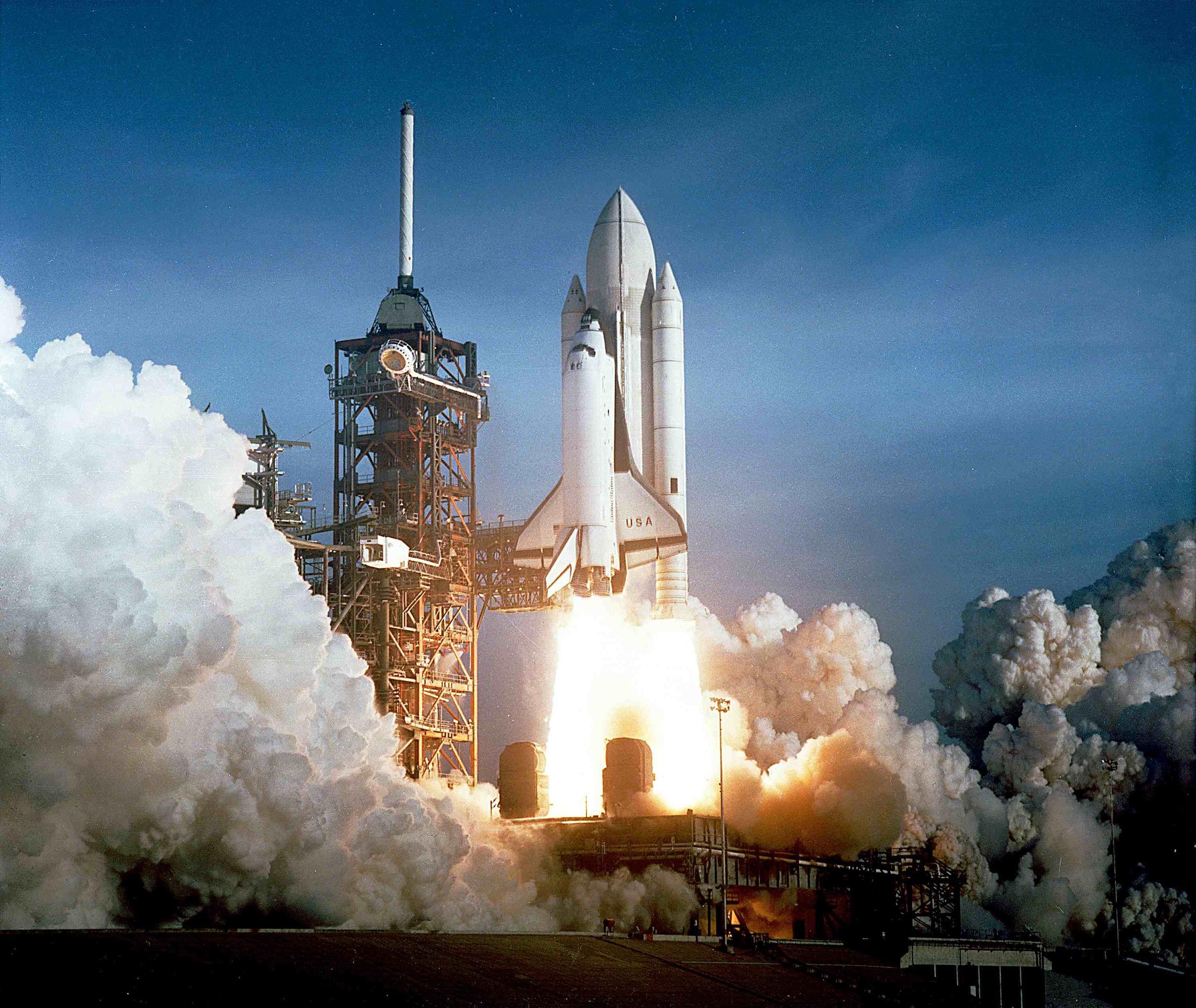 Space shuttle Columbia launching -By NASA [Public domain], via  Wikimedia Commons
