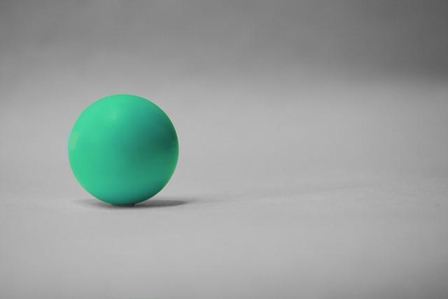 """Ein Ball zur Moderation eines Daily Scrums. Das Bild """"Ball"""" ist vonBeth Haugth ( flickr.com / Creative Commons 2.0 )"""