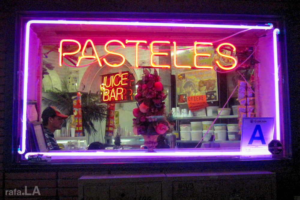 Pasteles and Juice Bar Neon  January 05, 2014 - La Favorita Panaderia, East Los Angeles