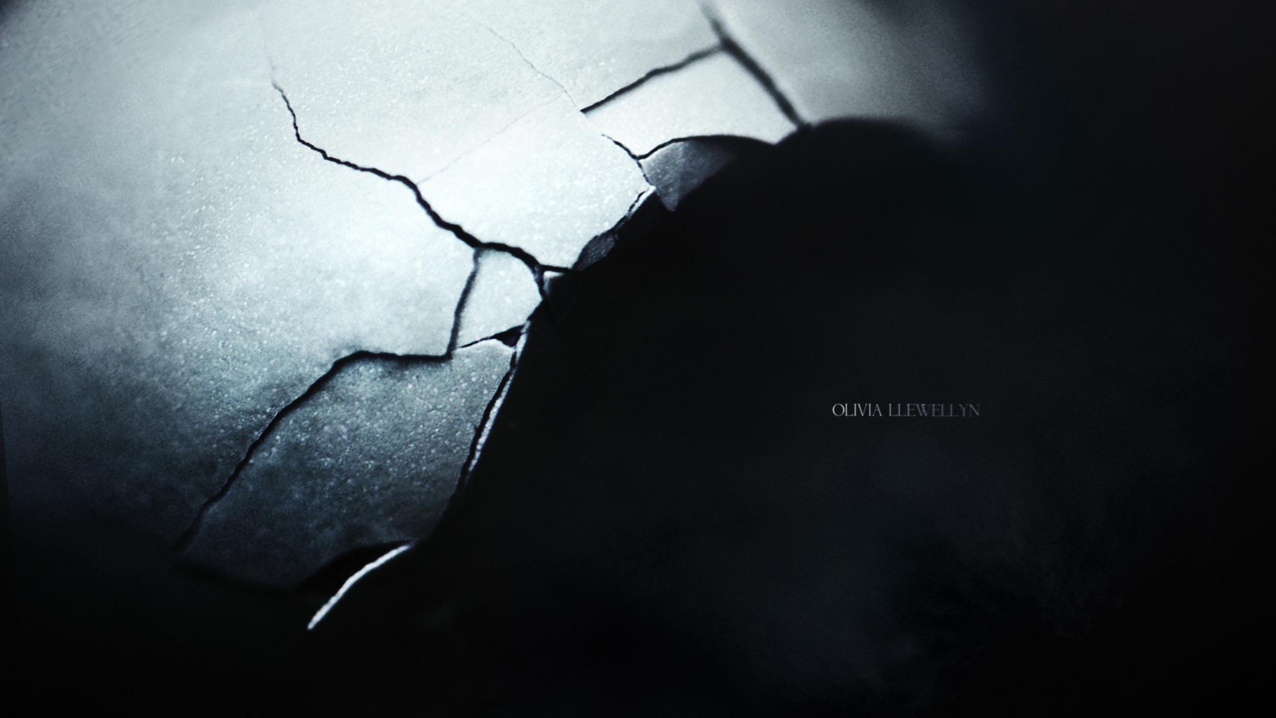 Lauren-Indovina-Penny-Dreadful-Titles-PSYOP-Concept-Art-Gentle-Crack.jpg