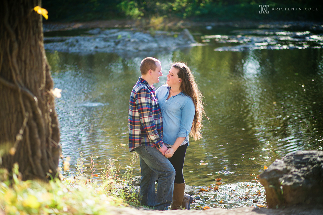 toledo-ohio-engagement-photographer-10.jpg