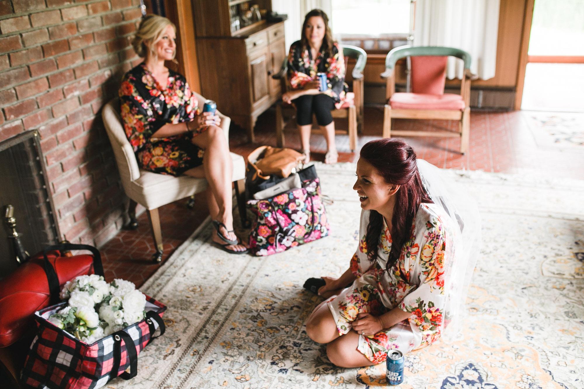 hensville-armory-wedding (1 of 8).jpg