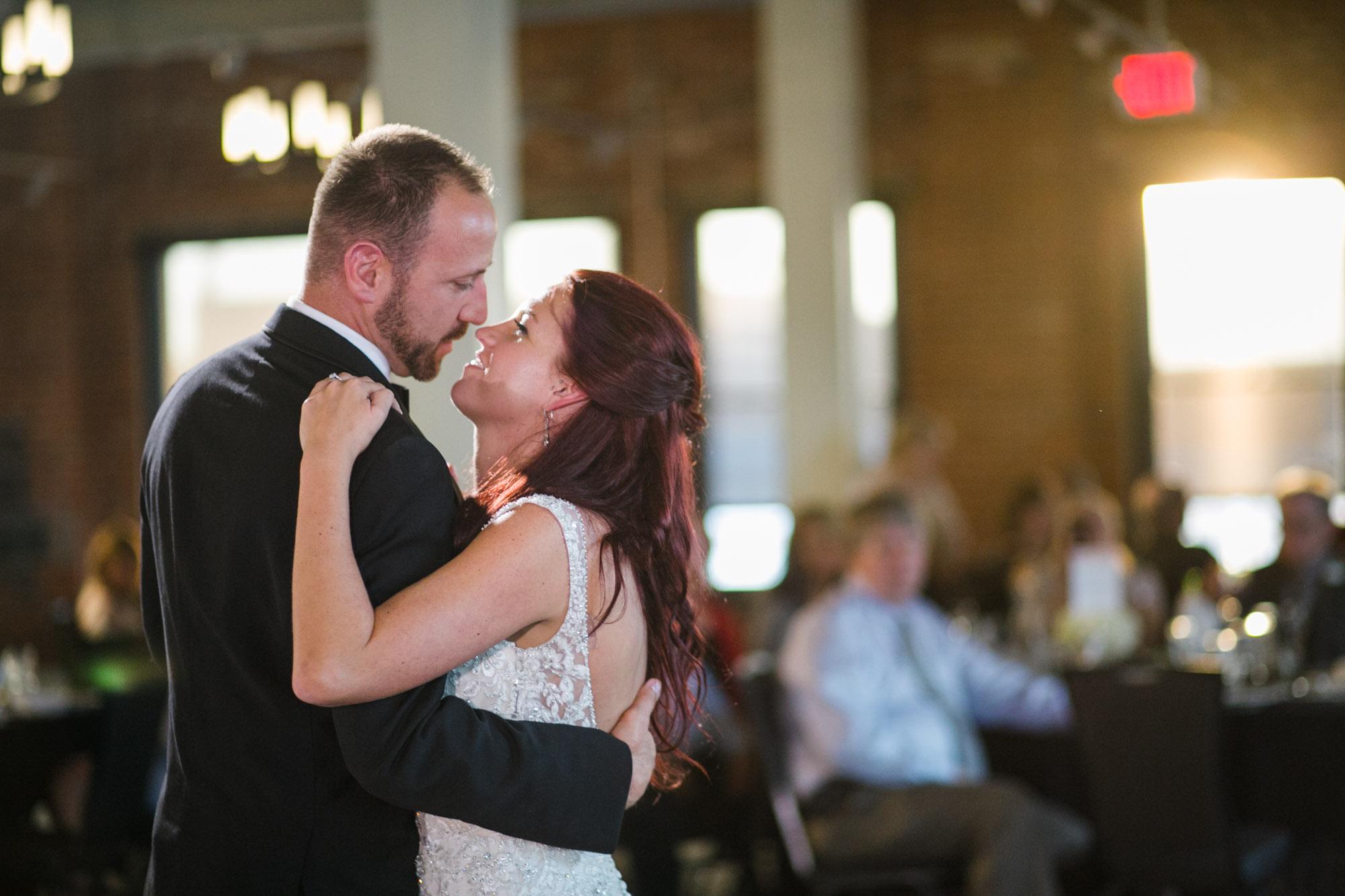 hensville-wedding-downtown-toledo-ohio (1 of 5).jpg