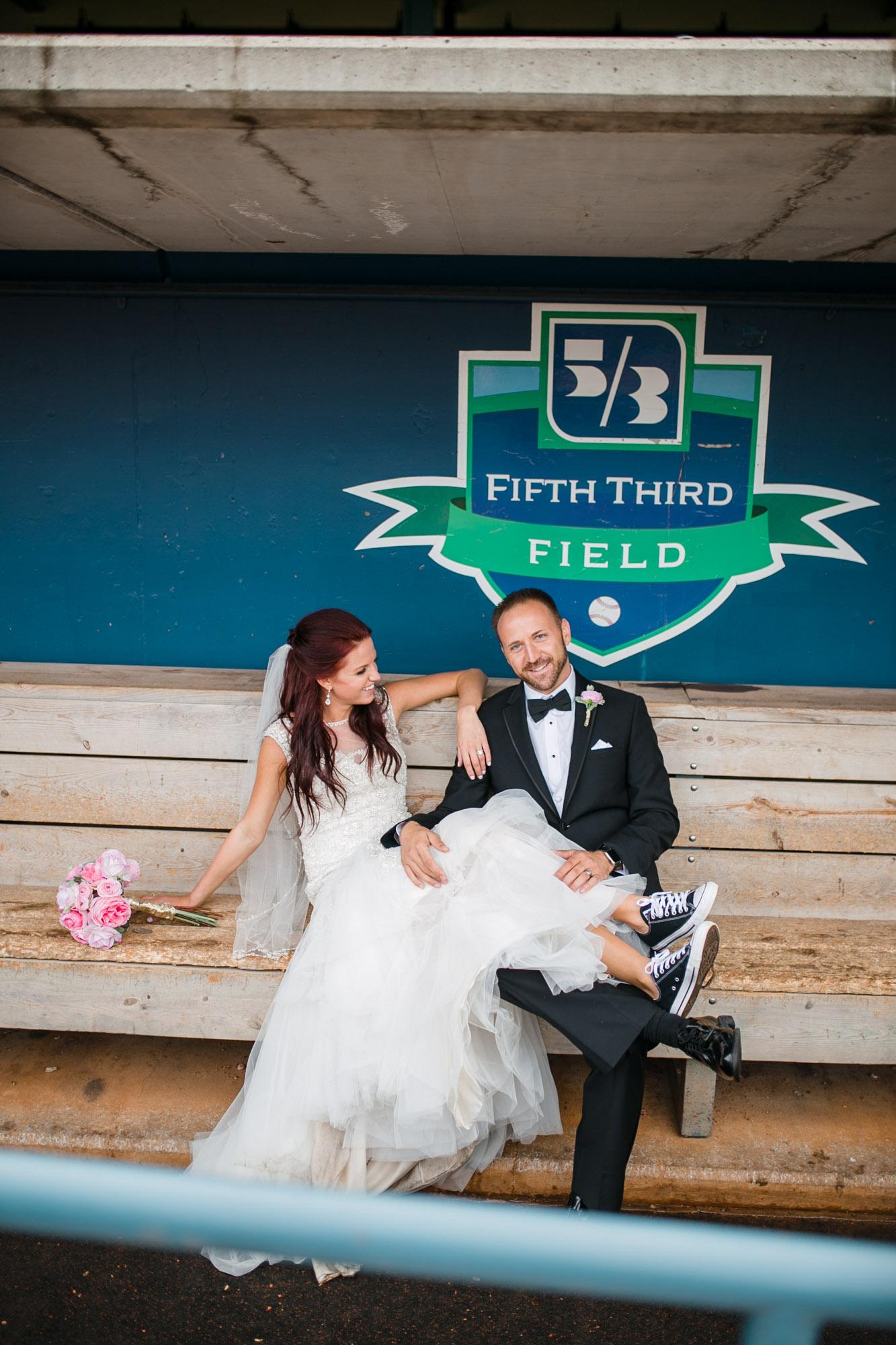 hensville-wedding-downtown-toledo-ohio (85 of 103).jpg