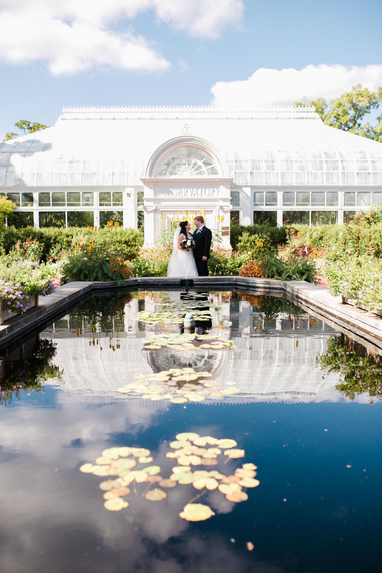 toledo-zoo-wedding-pictures-22.jpg
